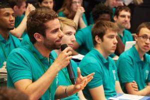 Les étudiants prennent la parole lors des sessions des Rencontres Économiques 2015